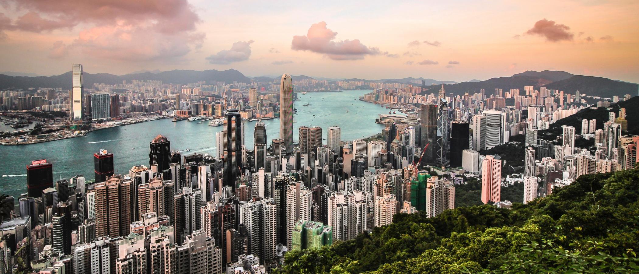 florian-wehde-411734-unsplash_Victoria Peak-Hong Kong.jpg